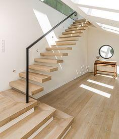 Geländeranschluß der Kragarmtreppe von Treppenbau VOß