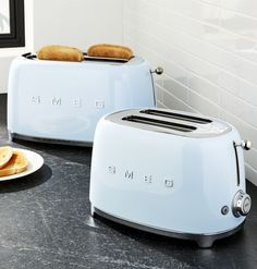 A healthy mornings start with toasts