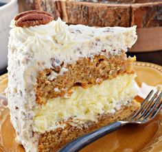 Crazy Good Recipes you Need to try! Carrot Cream Cheese Cake