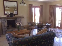 Providence Self Catering Venue, 5 Giants Cast - An Agri-tourism Self Catering Venue, set on a smallholding amongst famous horses studs, as well as diary and beef farms with stunning views of Giants Castle and the Central Drakensberg.