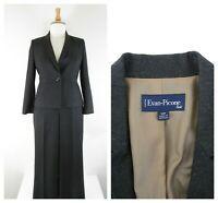 Midnight Velvet Formal Dress Sleek Silver Gray Skirt Suit Career Church Size 16   eBay Dress Suits, Skirt Suit, Ankle Length Skirt, Gray Skirt, Mother Of The Bride, Size 16, Career, Velvet, Formal Dresses