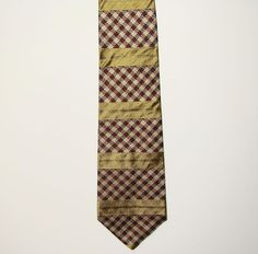 Tommy Hilfiger Gold Striped Mens 100% Italian Silk Dress Neck Necktie Tie 57in #TommyHilfiger #Tie