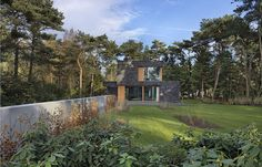 villa in the woods of Soest 3