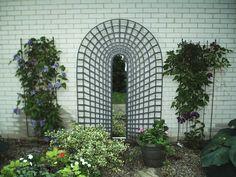 3-D trompe L'oeil garden trellis with mirror by Robertmadeit on Etsy https://www.etsy.com/listing/220600389/3-d-trompe-loeil-garden-trellis-with