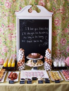 Ideas for a beautiful brunch table buffet for any occasion. This display makes brunch entertaining more special and will wow your guests. Baby Shower Brunch, Breakfast Baby Showers, Fiesta Shower, Shower Party, Bridal Shower, Shower Set, Girl Shower, Buffet Original, Brunch Mesa