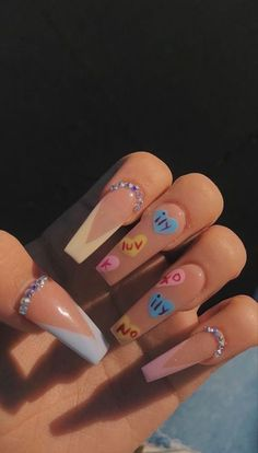 Bling Acrylic Nails, Acrylic Nails Coffin Short, Simple Acrylic Nails, Best Acrylic Nails, Square Acrylic Nails, Pink Nail Art, Edgy Nails, Funky Nails, Stylish Nails