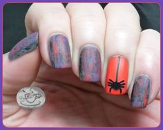 Drybrush with Spider Accent | Community Post: 24 Spooky Nail Art Ideas For Halloween