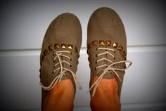 studded shoes diy