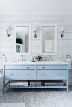 Turn your bathroom into an eclectic chic bathroom with little changes. Get your design inspiration here!