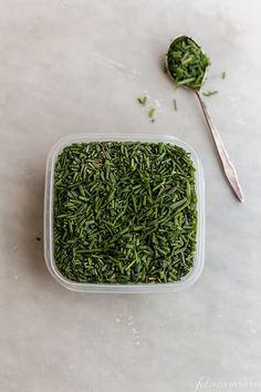 Herbs Freezing to preserve