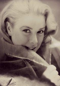 Princess Grace of Monaco-من اجمل الوجوه