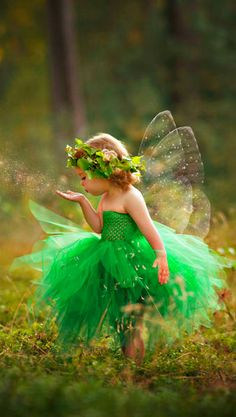 A little fairy. Fairy Pictures, Angel Pictures, Cute Pictures, Beautiful Pictures, Precious Children, Beautiful Children, Girl Photography, Children Photography, Cute Baby Girl