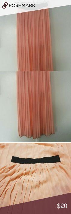 Jessie and J Peach Pleated Long Sheer Skirt Jessie and J Peach Pleated Long Sheer Skirt  Very beautiful float feminine skirt. It's sheer on the bottom portion of the dress. Size Medium:) jesse and J Skirts