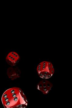 Dice ~✿ڿڰۣ Black and Red*°°