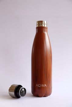 Keep your drink cool or… hot in this beautiful slimline stainless steel drink bottle. It is constructed of durable, double-walled stainless steel that's non tox