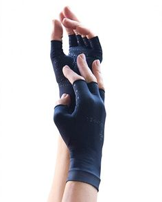 Women's Recovery Compression Half Finger Gloves http://www.tommiecopper.com/women-s-recovery-compression-half-finger-gloves