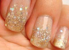 #uñas #doradas #oro #dorado #frances #degrade #degradado #nails #brillos #glitters
