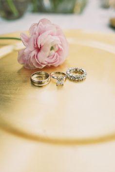 Photography : Anna Kim Photography Read More on SMP: http://www.stylemepretty.com/destination-weddings/2015/08/20/glamorous-romantic-haiku-mill-wedding/