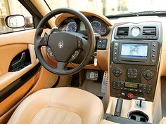 Interior Of 2007 Maserati Quattroporte