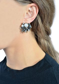 Vintage Black and Pearl Statement Earrings 13,90 € #happinessbtq