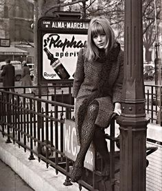 Marianne Faithfull en París, en la lente de Roger Kasparian (1965).