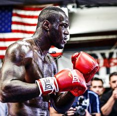 PHOTOS Deontay Wilder and Artur Szpilka media workout - Boxing News Martial Arts Workout, Boxing Workout, Fight Night Boxing, Bronze Bomber, Tune Music, Deontay Wilder, Professional Boxing, Boxing History, Boxing News