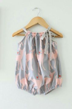 Baby Girl Cotton Romper-Deers in Pink and Grey by ChasingMini---- DIY with modified pillowcase dress!Baby Girl Cotton Romper-Deers in Pink and Grey Summer One Piece-Bubble Romper-Beach Wear-Handmade Children Clothing by Chasing Mini. Fashion Kids, Baby Girl Fashion, Latest Fashion, Fashion Trends, Overall Kind, Boho Overall, Baby Outfits, Kids Outfits, Cute Baby Girl