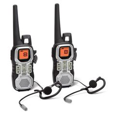 The Hammacher Schlemmer Institute deemed these two-way radios The Best because they transmitted the clearest audio over the longest distance. Electronic Gadgets For Men, Electronic Shop, Must Have Gadgets, Hammacher Schlemmer, Tennis Clothes, Survival Prepping, Survival Gear, Cool Tech, Gifts For Teens