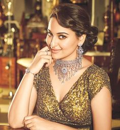 13 best sonakshi sinha images sonakshi sinha bollywood actress