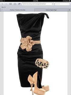 Hotness.  From Fashion Worship.