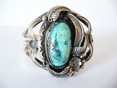 Vintage Turquoise Sterling Bracelet Vintage Cuff Bracelet Native American from TreasuresOfGrace Vintage Turquoise, Turquoise Jewelry, Turquoise Bracelet, Turquoise Cuff, Western Jewelry, Vintage Jewelry, Ring For Boyfriend, Thing 1, Wire Jewelry