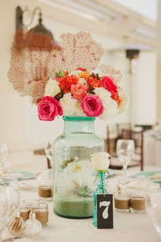 Florals and decor by Michelle Divel with Simplistic Elegance