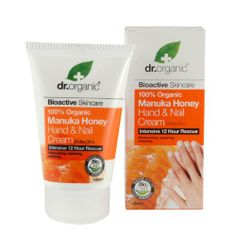 Organic Doctor Manuka Honey Hand Cream Now, You Don't Have to Turn to the Black Market For This UK Favorite Organic Skin Care, Natural Skin Care, Natural Health, Theobroma Cacao, Nouvelles Inventions, Aloe Vera, Organic Manuka Honey, Cream Nails, Anti Ride