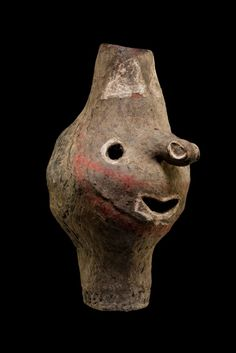 The Kwoma and Nukuma cultures of Papua New Guinea's Washkuk area make wonderful ritual faces in clay used in cult activities associated with the growing of yams.