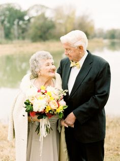 So much love: http://www.stylemepretty.com/2015/02/13/a-love-story-63-years-in-the-making/ | Photography: Love, The Nelsons - http://www.soshayblog.com/