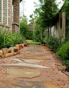 Landscape For Small Yards Design, Pictures, Remodel, Decor and Ideas - page 27