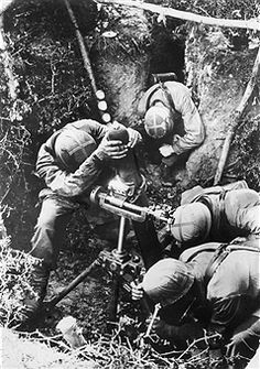2. World War , france from Invasion on (June 1944), war theater: german paratroopers mortar position. . no further inforamtion August/September 1944 - pin by Paolo Marzioli