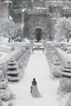 le silence des flocons 으 paysage neige hiver chateau romantic mystic gothic landscape snow winter castle schloss shnee Winter Szenen, Winter Time, Winter Christmas, Winter Walk, Winter Magic, Winter Formal, Narnia, Winter's Tale, Snow Scenes