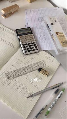 School Organization Notes, Study Organization, School Notes, Studyblr, Pretty Notes, Work Motivation, College Motivation, School Study Tips, Study Space