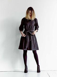 la JACQUELINE noire via ROSA TAPIOCA. Click on the image to see more!