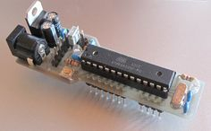 This is my attend to build a small and simple yet complete version of the Arduino. Browsing the Internet I found quite a few versions ...