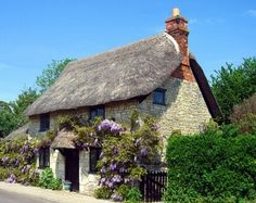 English cottage dream-house-old-house-dollhouse-green-house