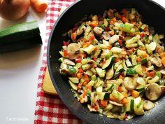 Receta de verduras salteadas | CACEROLADAS: Receta de verduras salteadas Sprouts, Potato Salad, Zucchini, Rice, Tasty, Vegetables, Ethnic Recipes, Food, Stir Fry Rice