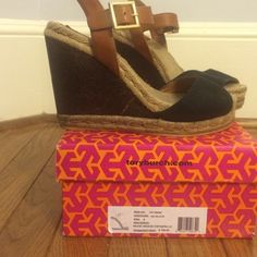 Tory burch wood wedge espadrilles size 6 GUC Adorable and versatile Tory burch wedge. Black and brown with gold buckle. Normal signs of wear. Lovely! No trades, use offer button! Box included. Tory Burch Shoes Sandals