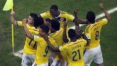 Brasil 2014: se registran mil bebes con nombres de jugadores colombianos - http://futbolvivo.tv/notas/internacionales/brasil-2014-se-registran-mil-bebes-con-nombres-de-jugadores-colombianos/