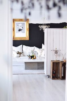 Livingroom black white halfandhalf diy tvcabinet gold diy couch sofa coffetable