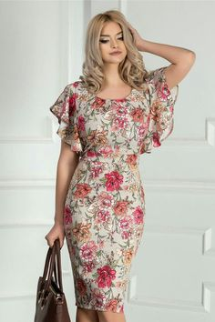 55 Elegant Summer Clothes To Not Miss Today floral wrapdress floraldress dre. Outfit Trends : 55 Elegant Summer Clothes To Not Miss Today floral wrapdress floraldress dre. Mode Outfits, Dress Outfits, Dress Up, Bodycon Dress, Fashion Outfits, Tube Dress, Simple Dresses, Pretty Dresses, Beautiful Dresses