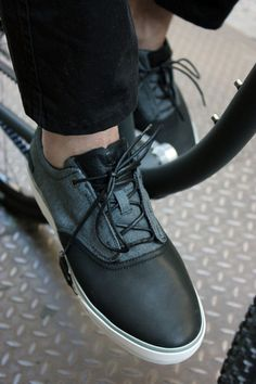 Teva's Carbon Sneaker--designed to grip a pedal and match a Budnitz No.1 Scorcher