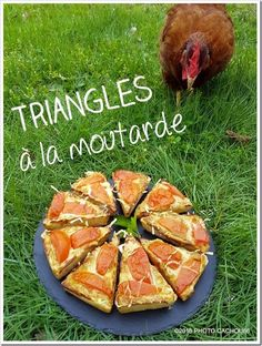 Triangles à la moutarde Pate Minute, Appris, Triangles, Sauces, Quiches, Plaque, Simple, Grated Cheese, Mustard