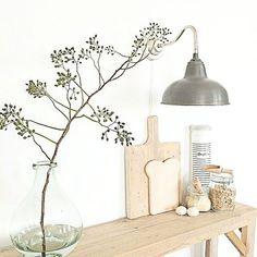 Estantes a la vista en la cocina | La Garbatella: blog de decoración de estilo nórdico, DIY, diseño y cosas bonitas.